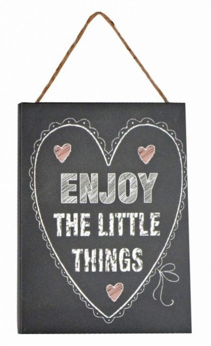 display-perete-enjoy-the-little-things